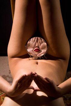 Alva Bernadine mirrors espejos erotica5