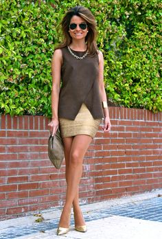 Fashion and Style Blog / Blog de Moda . Post: Top with necklace / Top con collar .More pictures on/ Más fotos en : http://www.ohmylooks.com/?p=23348 .Llevo/I wear: Top : Zara (New collection) ; Bracelet / Pulsera : Loewe ; Bag / Bolso : Accessorize (old) ; Sunglasses / Gafas de sol : Ray Ban ; Shoes / Zapatos : Pilar Burgos