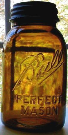 amber quart mason jar. 1914-1930 for this color of glass (The Antique bottle Collector 1966:59-61).