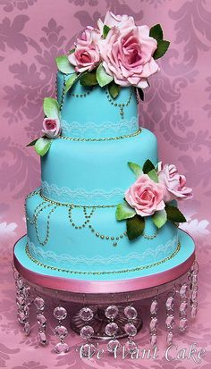 wedding cake - Stunning change to a darker blue and the flowers would pop