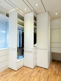 Space saving closet