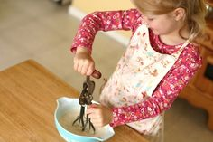 making homemade  butter with children