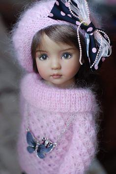 Boneca Grande para Vestir com Vestido Brilhoso