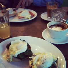 breakfast at Damson Café / photo by Michelle