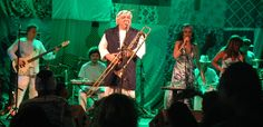 "https://flic.kr/s/aHskMjQ8SE | FOTOS (29) - Geronimo Santana, Banda Mont´Serrat & Convidados - Projeto ""O PAGADOR DE PROMESSA"" - Largo Pedro Arcanjo - Salvador-Bahia-Brasil (25-10-2016) | FOTOS (29) - Geronimo Santana, Banda Mont´Serrat & Convidados - Projeto ""O PAGADOR DE PROMESSA"" - Largo Pedro Arcanjo - Salvador-Bahia-Brasil (25-10-2016)"