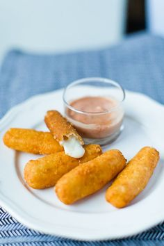 Mozzarella sticks (Glutenfree, low carb, lchf, keto)