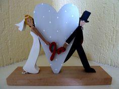 """""""Brautpaar mit Herz""""  von mw-holzkunst auf DaWanda.com"""