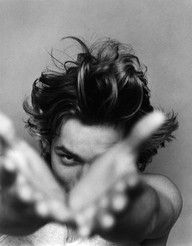River Phoenix by Bruce Weber, 1991 - Black and White Photography Bruce Weber, River Phoenix, Beautiful Men, Beautiful People, Photo Star, Portrait Studio, Photo Vintage, Looks Black, Ansel Adams