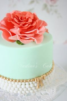 Inspiration Photo of Fancy Birthday Cakes . Fancy Birthday Cakes I Realize This Is Suppose To Be A Cake For Something Fancy But I Fancy Birthday Cakes, Birthday Cakes For Women, Fancy Cakes, Mini Cakes, Vintage Birthday, Gorgeous Cakes, Pretty Cakes, Cute Cakes, Amazing Cakes