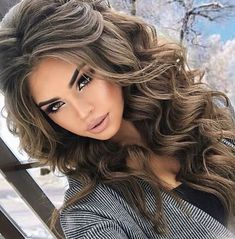 Long Curly Summer Hairstyle Ideas for Girls