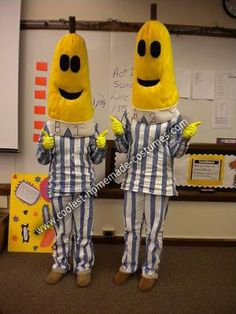 Bananas in Pajamas DIY Couple Halloween Costume... This website is the Pinterest of costumes