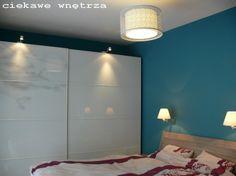 Turkus w sypialni. Turquoise in the bedroom. www.ciekawewnetrza.blox.pl