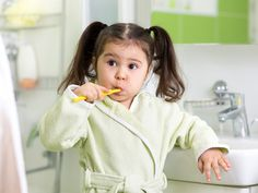 How To Teach Your Child To Brush Her Teeth?   #dental #dentist #DentalOffice #toothbrush #toothpaste #babyteeth #babylife #motherhood