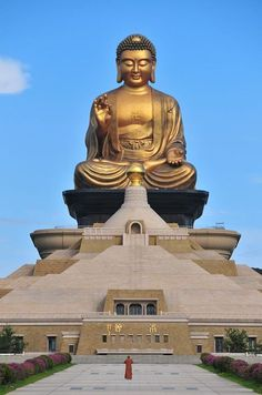 Amitabha Buddha, Gautama Buddha, Buddha Buddhism, Buddha Art, Buddhist Architecture, Giant Buddha, God Pictures, Travel Pictures, Buddha Painting