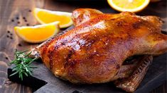 HONEY AND GARLIC ROAST DUCK - Serve up a perfectly roasted duck by using a KNORR Garlic & Rosemary Cook-in-Bag – your duck will continuously be basting in the bag ensuring it will be tender and juicy! Roast Duck, Served Up, Chicken Recipes, Garlic, Turkey, Honey, Meat, Dinner, Cooking
