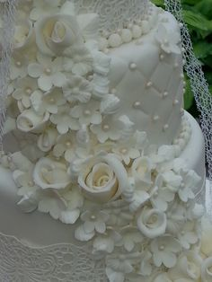 Lace, fondant flowers and roses