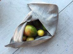 Bento Bags. lovely idea.