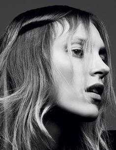 """Gary Gill pour la série Beauté """"La Fine Equipe"""" de Vogue Paris Septembre 2016"""