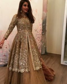 Fantastic Free of Charge 41 Fashionable Muslim Pakistani Outfit For Eid Mubarak - VIs-Wed Suggestions Wonderful Wedding Dresses ! The current wedding dresses 2019 includes a dozen various dresses in the Pakistani Wedding Outfits, Pakistani Bridal Dresses, Pakistani Wedding Dresses, Bridal Outfits, Indian Dresses, Indian Outfits, Walima Dress, Desi Clothes, Asian Clothes