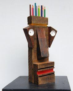 Goca Moreno - escultura em madeira #madeira #sculptor #art #espaçogocamoreno #gocamoreno @gocamoreno
