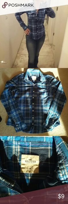 Hollister Blue Plaid Light weight button up. Great for layering as we move into Fall. In good pre-loved condition. No rips, tears or stains. Super comfy and soft! Hollister Tops Button Down Shirts