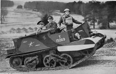 carriers British Army, Armored Vehicles, Military Vehicles, Ww2, Tanks, Classic, Derby, Army Vehicles, Shelled