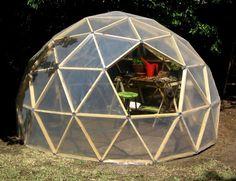 Originales ideas de invernaderos para tu jardín   La Bioguía