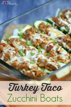 Turkey Taco Zucchini Boats. A healthy and low-carb recipe the whole family will enjoy. 21 Day Fix approved. | The Fit Housewife