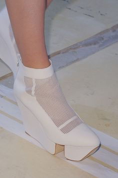 By Kuho at Paris Fashion Week Spring 2014 No white shoes after Labour Day. And it's way past Labour Day. [Hexa By Kuho Spring white shoes after Labour Day. And it's way past Labour Day. [Hexa By Kuho Spring Ugly Shoes, Sock Shoes, Shoe Boots, Crazy Shoes, Me Too Shoes, Stilettos, High Heels, Creative Shoes, Unique Shoes