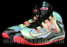 de1e9a31c3dc Nike LeBron Max 11 Low