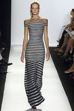 Oscar de la Renta | Spring 2006 Ready-to-Wear Collection | Julia Stegner Modeling | Style.com