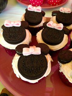 Pink Minnie Mouse Birthday Party, minnie mouse cupcakes igoYOUgo | A Lifestyle Blog For The Jane Of All Trades