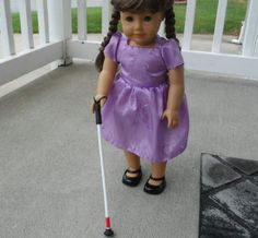 An enterprising mom has created a white cane for her visually impaired daughter's American Girl doll and she's selling them on Etsy!