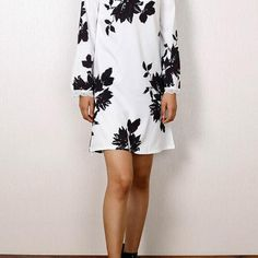 Stylish Floral Printing Flare Sleeve Dress