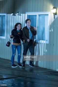 S The Good Doctor Season One Stock Pictures, Royalty-free Photos & Images The Good Doctor Abc, Good Doctor Series, The Good Dr, Freddie Highmore, Antonia Thomas, Shaun Murphy, Beautiful Men, Beautiful People, Vera Farmiga
