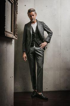 B.R.ONLINE / 大人のデートはテク次第♥ 第3回 | FEATURE Mature Mens Fashion, Old Man Fashion, Fashion Over 50, Fashion Books, Suit Fashion, Stylish Men, Men Casual, Uniform Clothes, Male Models