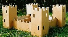 Greener Home Designs: Green Up Your Backyard with Eco Kids Toys Cardboard Forts, Cardboard Box Crafts, Cardboard Castle, Eco Kids, Diy For Kids, Forts En Carton, Castle Project, Eco Store, Green House Design