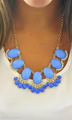 23 Clothing Items Every College Girl Should Own Blue Statement necklace Beads Jewelry, Jewelry Accessories, Fashion Accessories, Fashion Jewelry, Jewlery, High Jewelry, Turquoise Necklace, Beaded Necklace, Blue Necklace