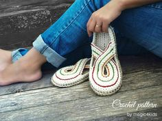crocheted k items that sell A brand new & original design for CROCHETING women slippers with rope soles! For fall season I'm proposing a new design for women slippers/ clogs Crochet Shoes, Crochet Slippers, Knit Crochet, Clogs Shoes, Loafer Shoes, Trendy Womens Shoes, Crochet Woman, Womens Slippers, Slip On Shoes