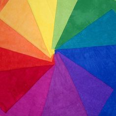 A color wheel of fabrics! Think I may need this--Cherrywood hand-dyed fabrics