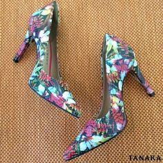 Quem procura sempre acha... um Tanara lindo pra chamar de seu!   Scarpin referência N7386.  Disponível em várias cores no site http://ift.tt/1SLG2kZ