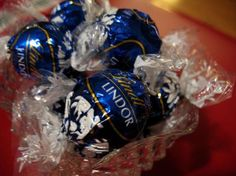 Lindor Lindt Dark Chocolate, My favorite Dove Chocolate Discoveries, Lindt Lindor, Truffles, The Best, Yummy Food, Sweets, Candy, My Favorite Things, Switzerland