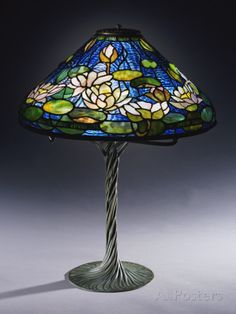 Tiffany Studios 'Pond Lily' Leaded Glass and Bronze Table Lamp