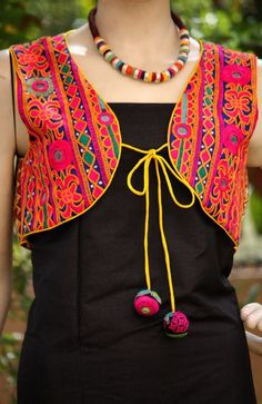 kutchi-worked-ladies-jackets-02