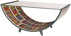 """Il tavolo curvo """"Libro"""" disegnato da Gio Ponti  merita un posto di rilievo nella produzione Fornasetti.  http://www.leonardo.tv/storia-del-design/gio-ponti-opere/tavolo-curvo-libro-fornasetti-gio-ponti/pagina/2"""
