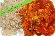 Als we bij de Chinees eten, kies ik vaak voor fu yong hai. Fu yong hai is Chinese omelet in een heerlijke zoet-zure saus. Lekker met witte rijst of nasi.