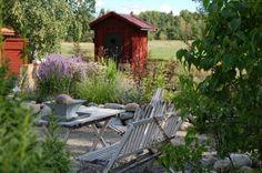 M/S DESIGN Trädgård och Keramik: augusti 2011