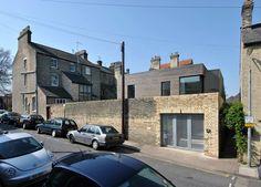 Hairy House / Ashworth Parkes Architects