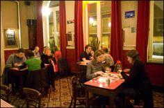 Het Gouden Hoofd   Cosy café with veggie snacks, spaghetti, tofu curry, ...