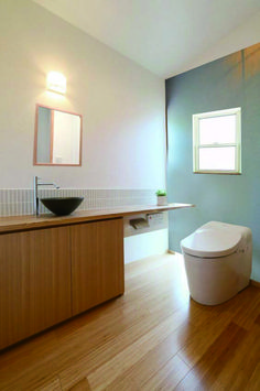 トイレ House Rooms, Toilet, Bathtub, House Design, Interior Design, Bathroom, Inspiration, Home Decor, Quartos